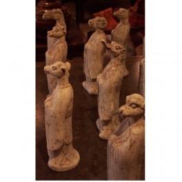 Groupe de statuettes d'Asie